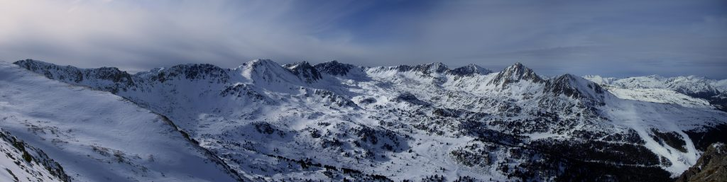 Panorama des del cim Bony Envalira